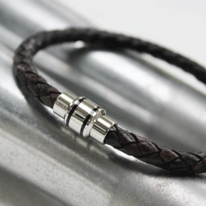 Men's Leather Bracelet With Modern Clasp