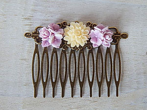 Betsy Hair Comb Lilac And Cream Flowers