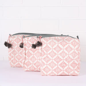 Tile Wash Bags, Coral