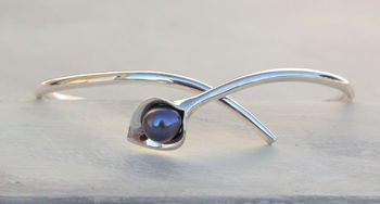 Silver Lily Bangle with pearl