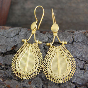 Intricate Teardrop Balinese Filigree Gold Earrings