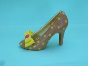 Large Chocolate Shoe Dotty Tan