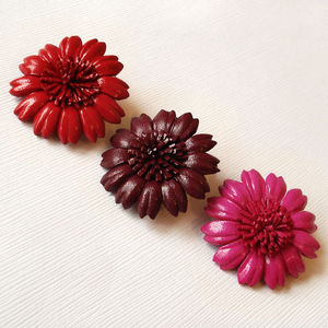 Daisy Flower Brooch - corsages