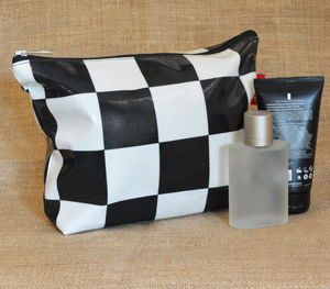 Chequer Pouch Wash Bag - men's grooming & toiletries