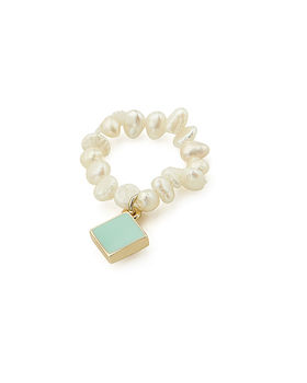 Delicate Charm Ring Pearl