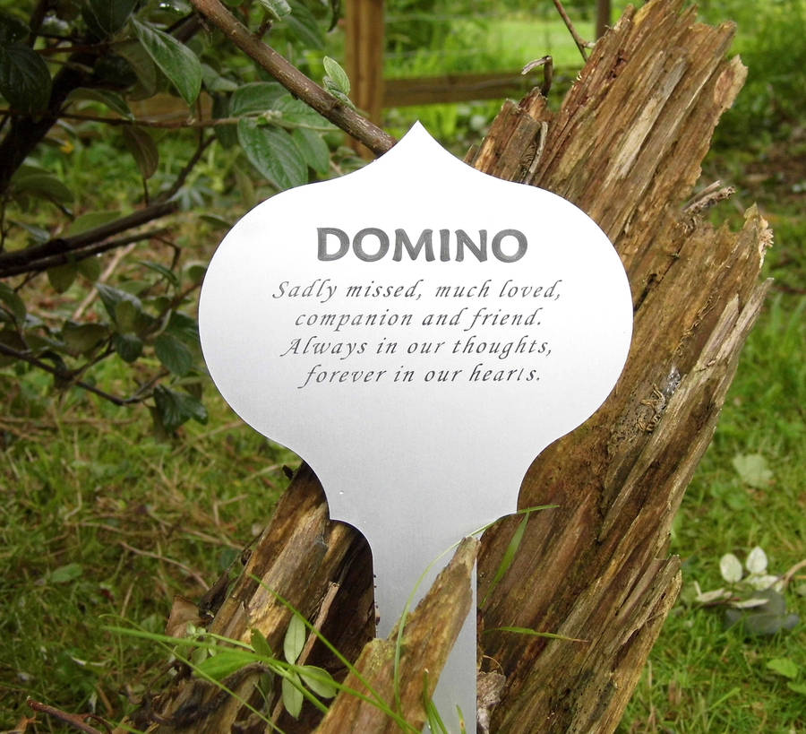 personalised pet memorial tree or garden plaque by keepstakes