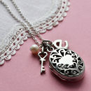 Silver Vintage Oval Locket Necklace