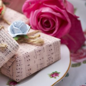 English Rain Blue Rose Soap Parcel - washing & bathing