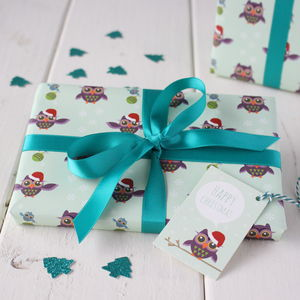 Christmas Owl Gift Wrap - wrapping