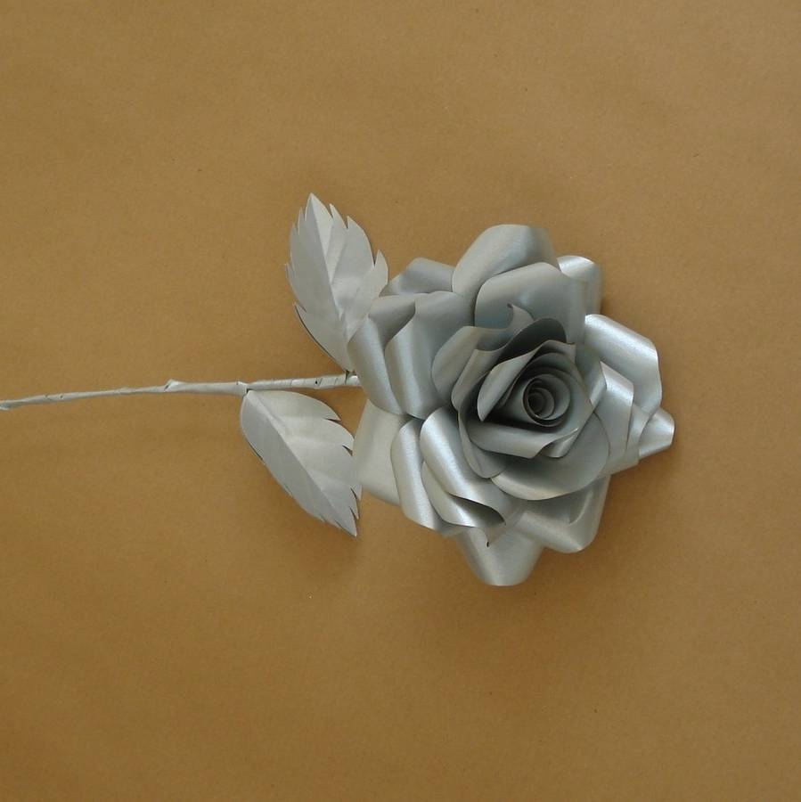 Silver wedding anniversary rose plants