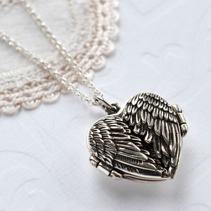 Silver Love Wings Locket
