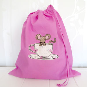 Mouse In Teacup Drawstring Bag