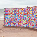 Retro Circles Windbreak