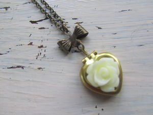 Rose And Heart Vintage Locket Necklace