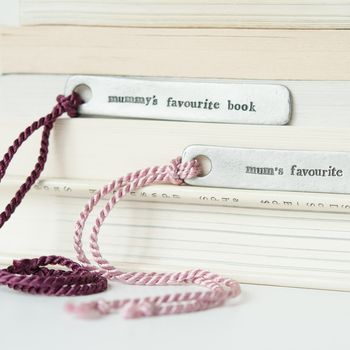 'Mum/Mummy's Favourite Book' Bookmark