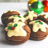 Christmas Pudding Whoopie Pies - food & drink