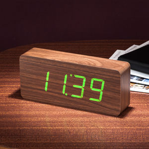 Rechargeable Slab Walnut Click Clock