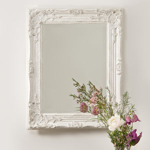Beautifull Distressed Vintage Style Wall Mirror - home accessories