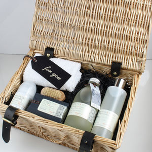Men's Spanish Fig And Nutmeg Hamper