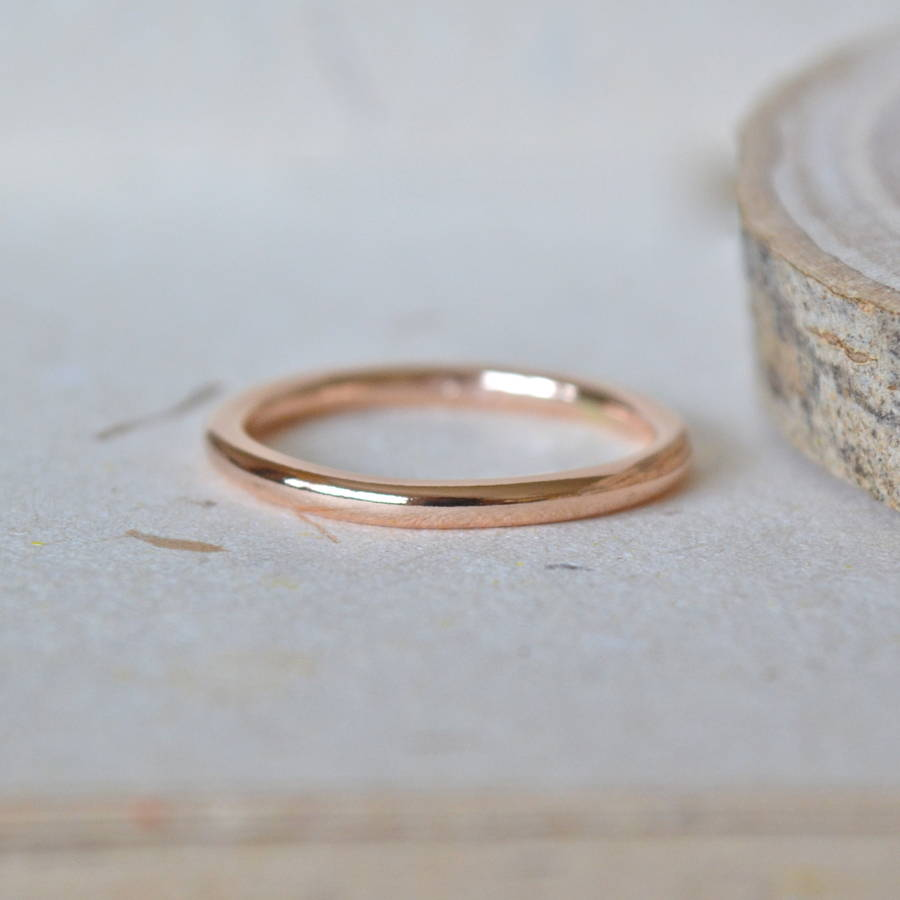 2mm gold wedding band by notes jewellery