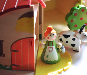 Carry Around Wooden Farmyard Playset - animals