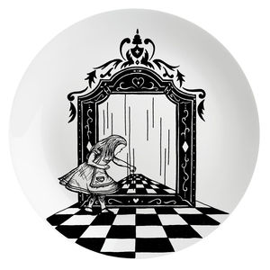 Alice And The Looking Glass Plate