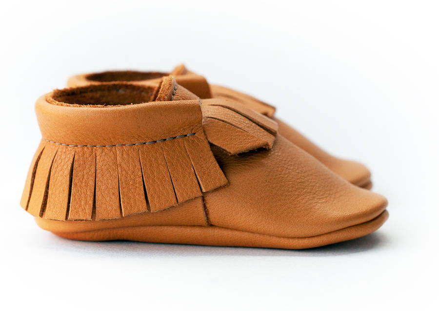 Moccstars are a new UK brand for fashionable, soft, handmade leather baby moccasins, an ideal choice for your child's developing foot. Shop on-line today. Moccstars are a new UK brand for fashionable, soft, handmade leather baby moccasins, an ideal choice for your child's developing foot.