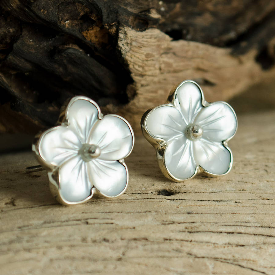 white mother of pearl silver flower earrings by the london ...