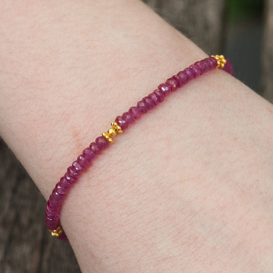 beaded product ruby sapphire gold emerald yellow natural lorde jewlery en bracelet blue precious and