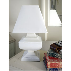 Rotund White Urn Table Lamp