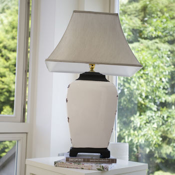 Crackle Glaze Cream Table Lamp