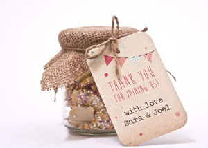 Bunting And Lace Favour Tag - styling your day