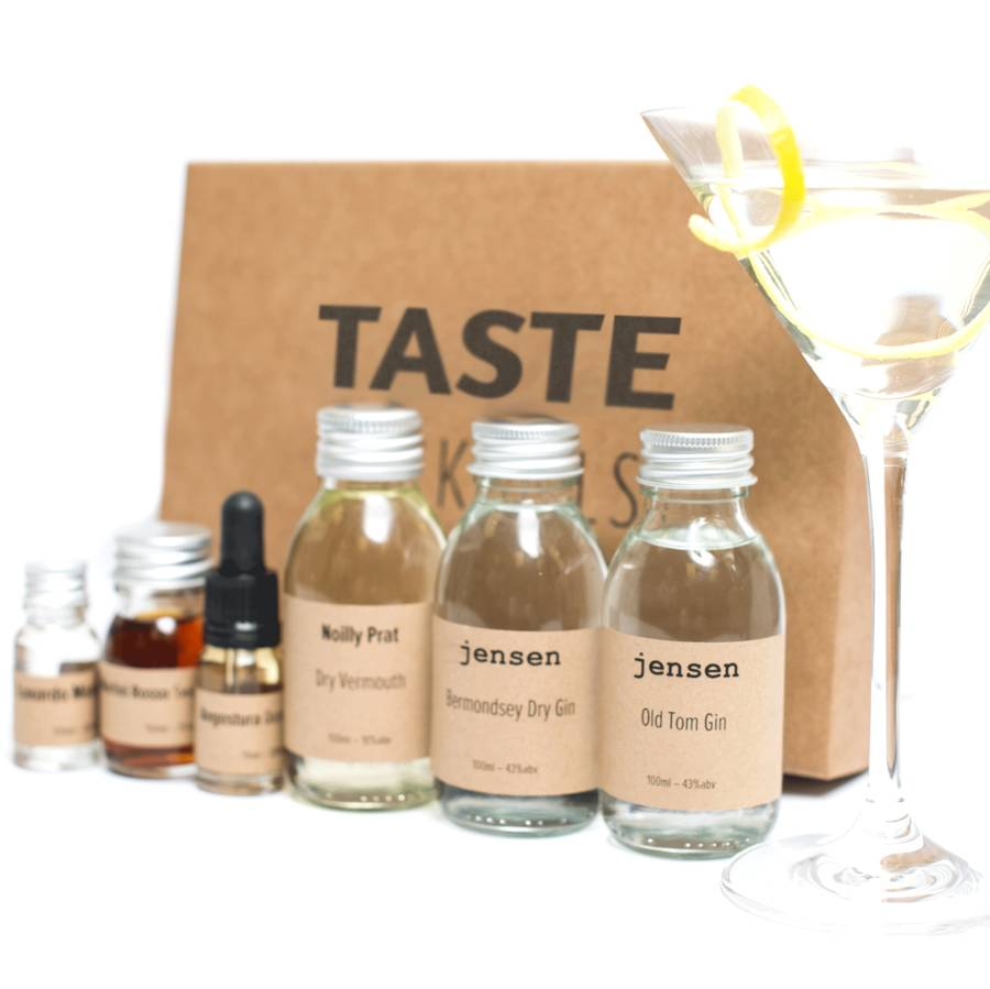 homepage > TASTE COCKTAILS > GIN MARTINI AND MARTINEZ COCKTAIL BOX