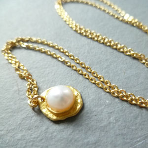 Delicate Golden Pearl Necklace
