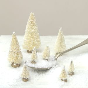Cream Bottlebrush Mini Christmas Tree Cake Decorations