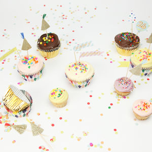 Happy Birthday Customisable Cupcake Kit