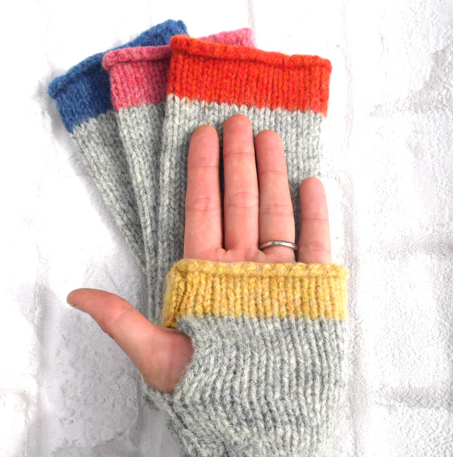 how to make fingerless gloves knitting