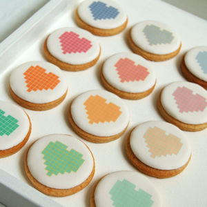 Pixel Love Cookie Box - christmas
