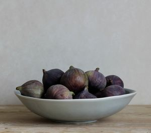 Oval Stoneware Salad Or Serving Bowl
