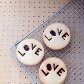 Six Love Jammie Biscuits - food & drink