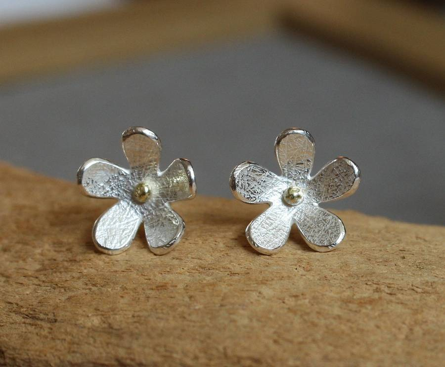 Handmade Silver Daisy Stud Earrings