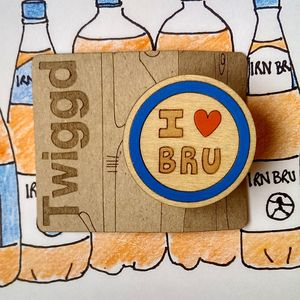 'I Heart Bru' Wooden Irn Bru Badge