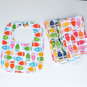 Bib And Burp Cloth Set 'Owls'