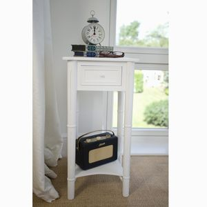 Traditional Bedside Table With Drawer - furniture