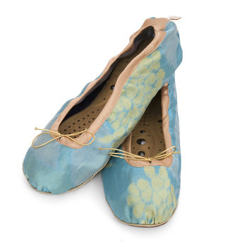 Holistic Silk Massaging Slippers Aqua