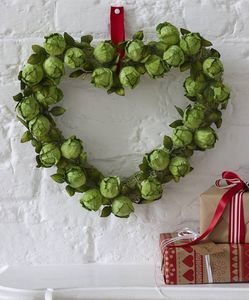 Brussel Sprout Wreath - flowers & plants