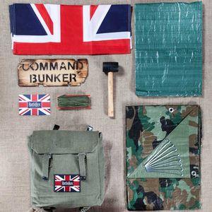 Essential Den Kit - toys & games