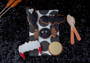 Halloween Biscuit Gift Box - trick or treat food