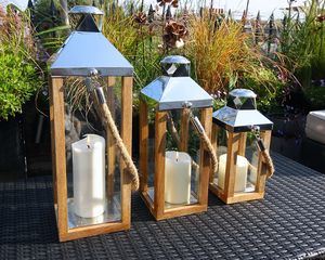Mullion Lantern - candles & candlesticks
