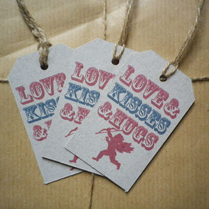 Love And Kisses And Hugs Gift Tags